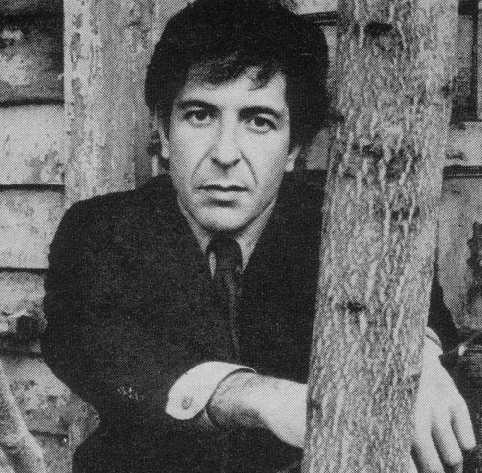 El cantautor Leonard Cohen fotografiado en 1969