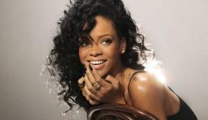 La bella cantante Rihanna