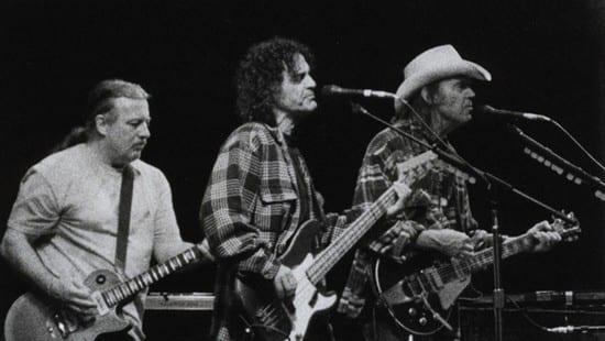 Crazy Horse vuelven a la carga