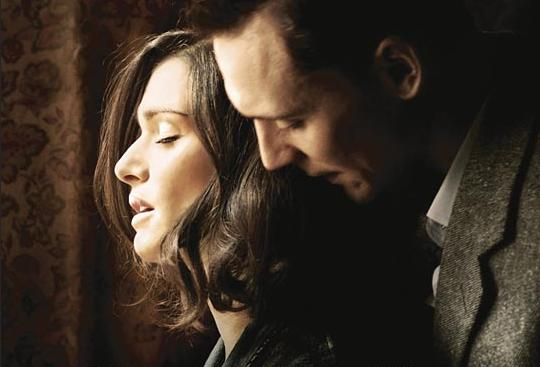 Rachel Weisz y Tom Hiddleston