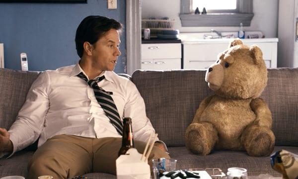 Mark Wahlberg interpreta a John Bennett