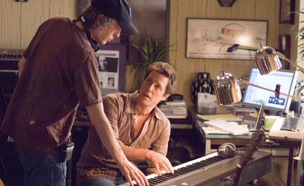 Hugh Grant vuelve a la comedia romántica con Marc Lawrence.
