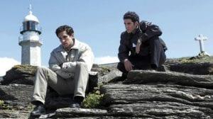 Quim Gutiérrez y Miguel Ángel Silvestre en una escena de 'Todo es silencio'