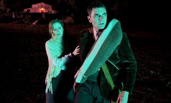 Maria Molins y Álex Brendemühl en 'El Bosque (el bosc)'.
