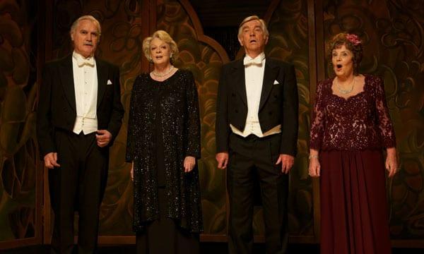 Billy Connolly, Maggie Smith, Tom Courtenay y Pauline Collins en 'El cuarteto'.