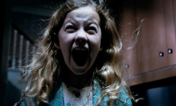 Escena de la película 'Mamá' que está arrasando en la taquilla de EEUU.