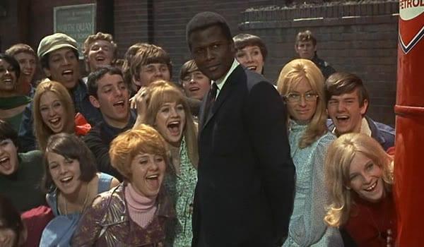 """Sidney Poitier en una escena de """"Rebelión en las aulas""""."""