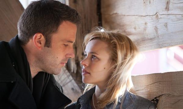 Ben Affleck y Rachel McAdams en una escena de 'To the wonder'.