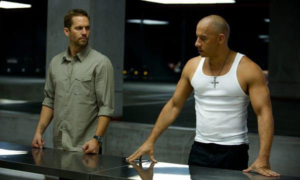 Paul Walker y Vin Diesel en una de las escenas de 'Fast & furious 6'.