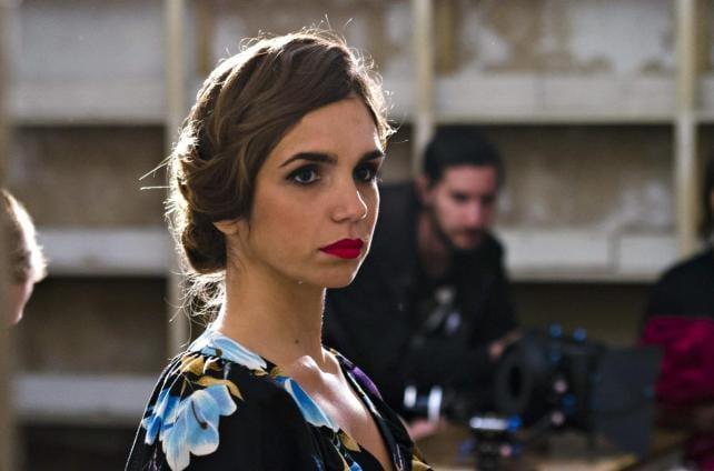 Elena Furiase en una escena de 'Un Dios prohibido' de Pablo Moreno.
