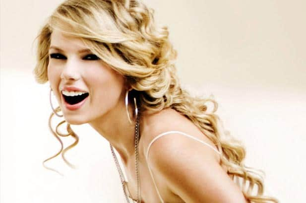 taylor-swift-woman-of-the-year-617-409