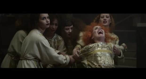 paloma-faith-screams-in-cant-rely-on-you-video