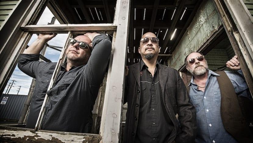 Pixies Indie Cindy 2014