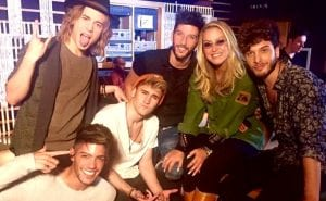 Who's loving you Auryn Anastacia