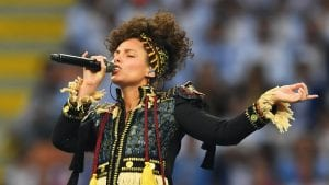 Alicia Keys, deslumbra en la Final de la UEFA Champions League