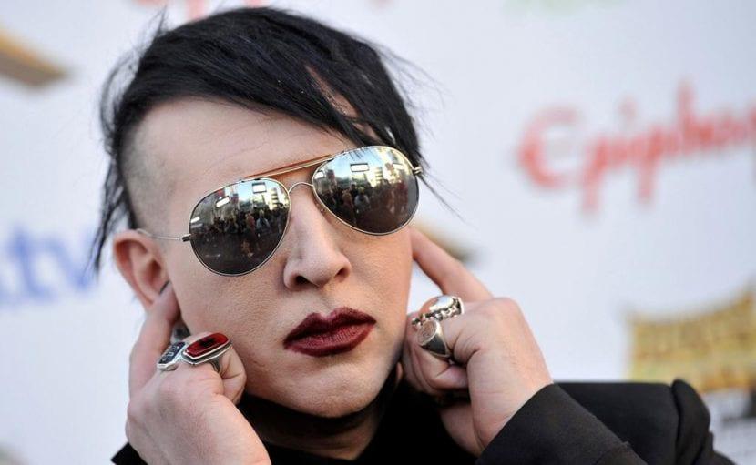Marilyn Manson para el próximo San Valentín