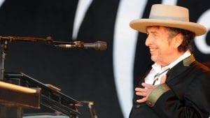 El Nobel para Dylan, pero …¿cómo contactar con él?