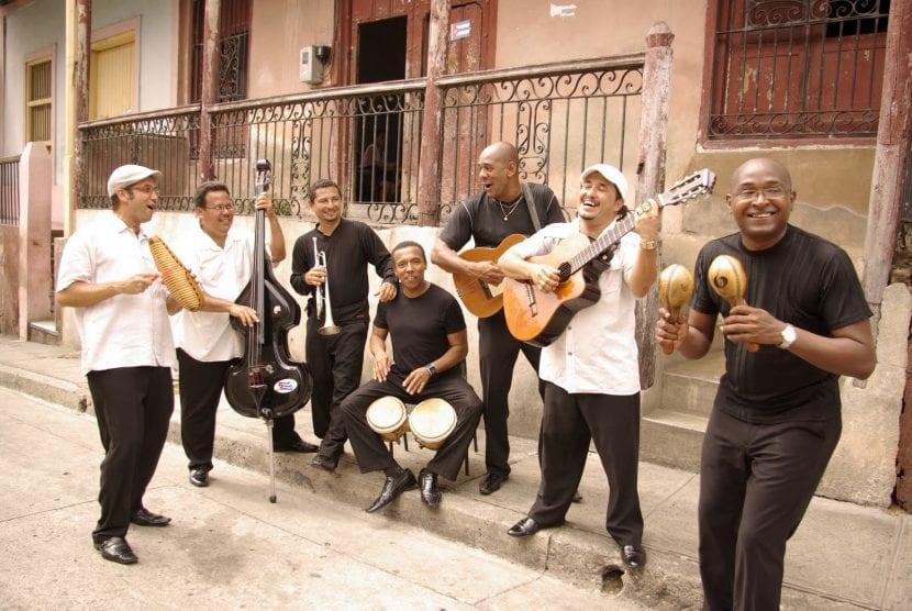 músicos cubanos